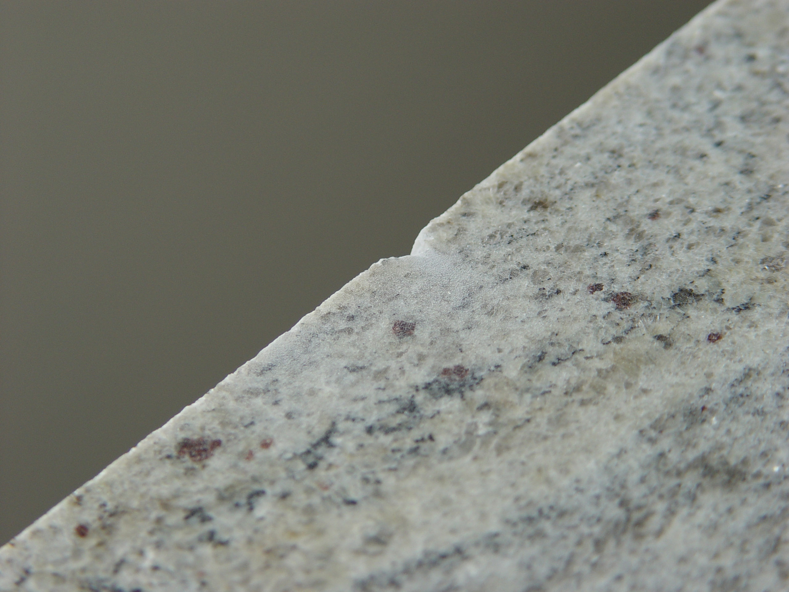 Granite Countertop Edge Chip Repair : Damaged granite and stone worktops restored to as good as new